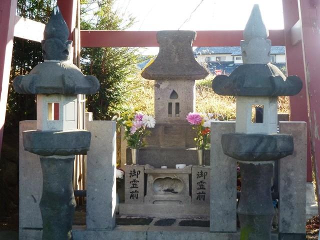 木部範虎の墓(心洞寺)