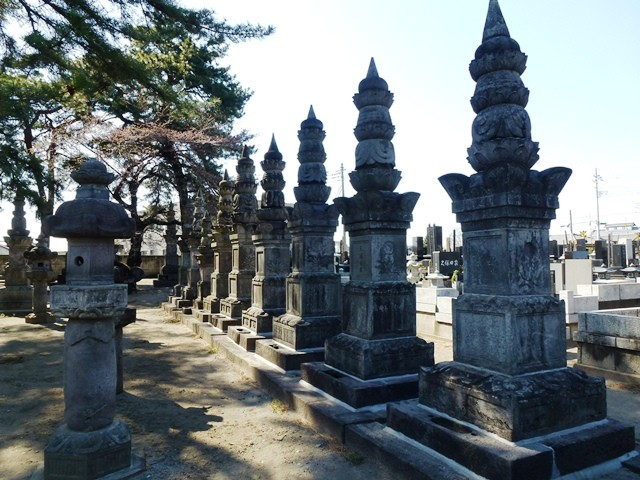 稲垣氏累代の墓(天増寺)