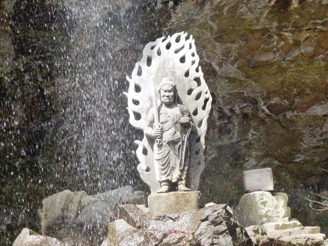 黒瀧山不動寺