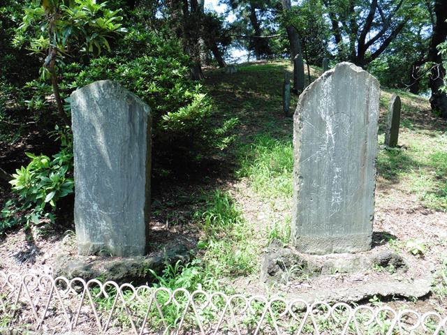伊勢崎英霊殿の板碑