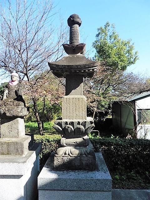 金蔵院の宝塔