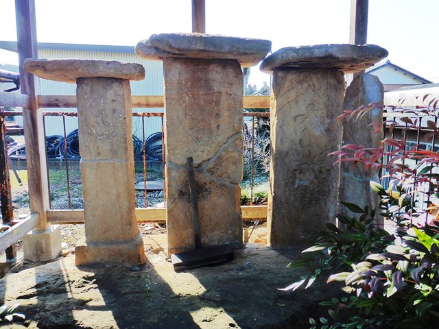 甘楽町・笠塔婆と板碑