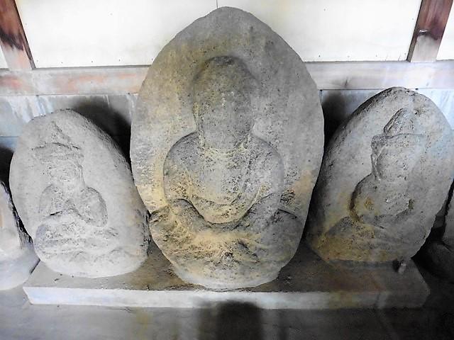 後閑円満寺の三石三尊像