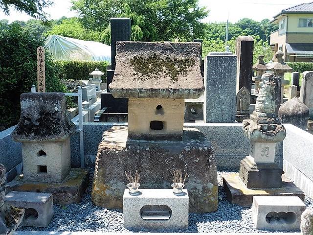 奥平貞訓の墓(仁叟寺)