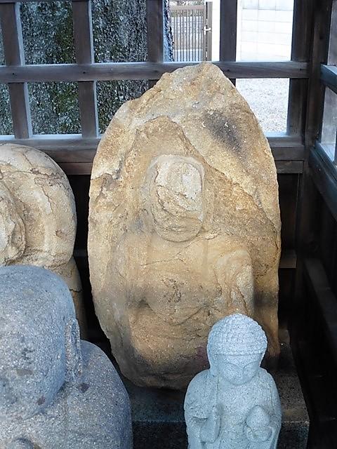 金剛寺の顔切り薬師