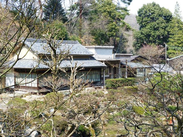 山徳記念館
