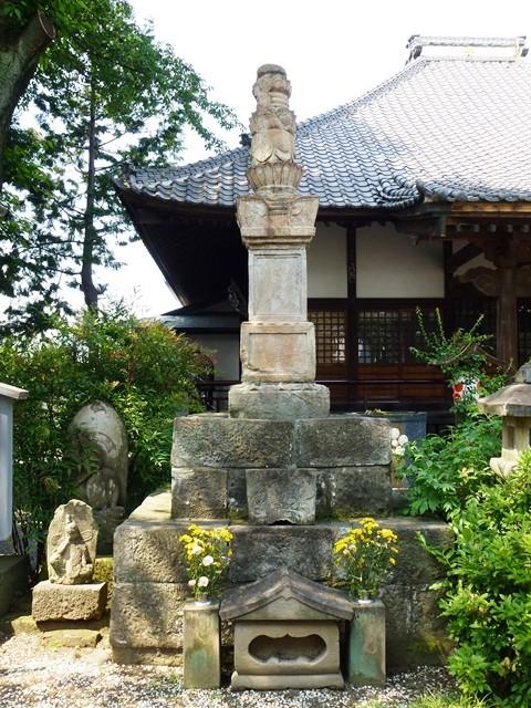 前田利家の側室・明運尼の墓(永心寺)