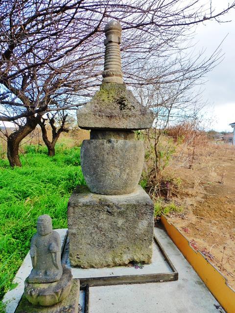 富田の宝塔