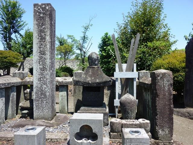 長野業盛の墓(高崎市井出町)