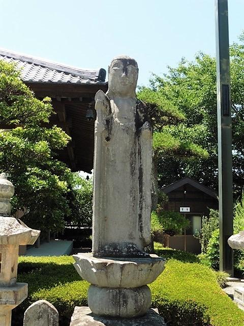 仁叟寺の地蔵菩薩像