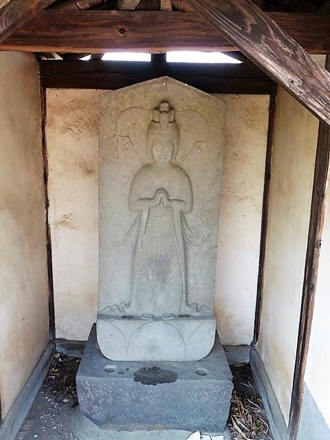 宝生寺の馬頭観音像