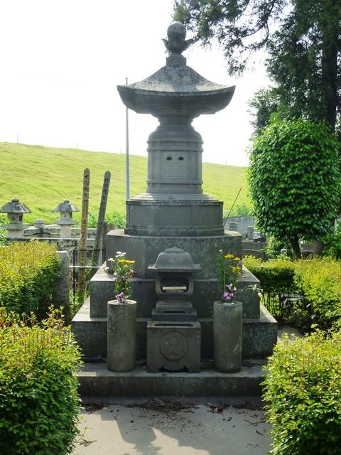 田中正造の墓(雲龍寺)