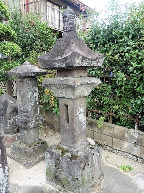 阿内宿の六地蔵石幢