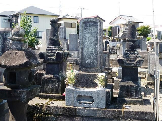根津政直の墓(常安寺)