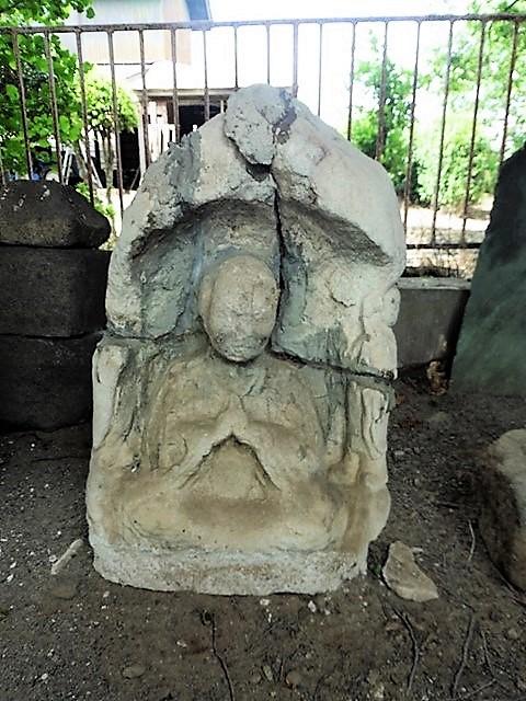 上植木の建長石仏(伊勢崎市)