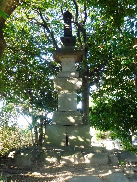 大井政成の墓(玄頂寺)