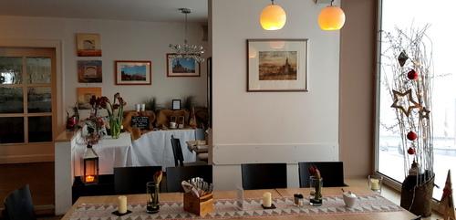 Silvennoinen-Radierungen im Restaurant - Hotel Peterchens Mondfahrt Wasserkuppe