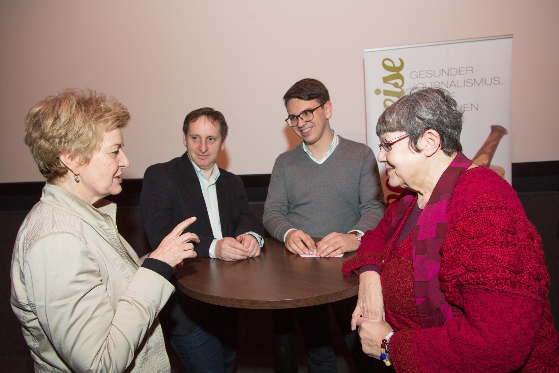 Foto: Lebensweise/Richard Tanzer; Astrid Zimmermann (Presseclub Concordia), Martin Schriebl-Rümmele (Lebensweise), Philip Kappler (Schülerunion), Stressforscherin Rotraud Perner,