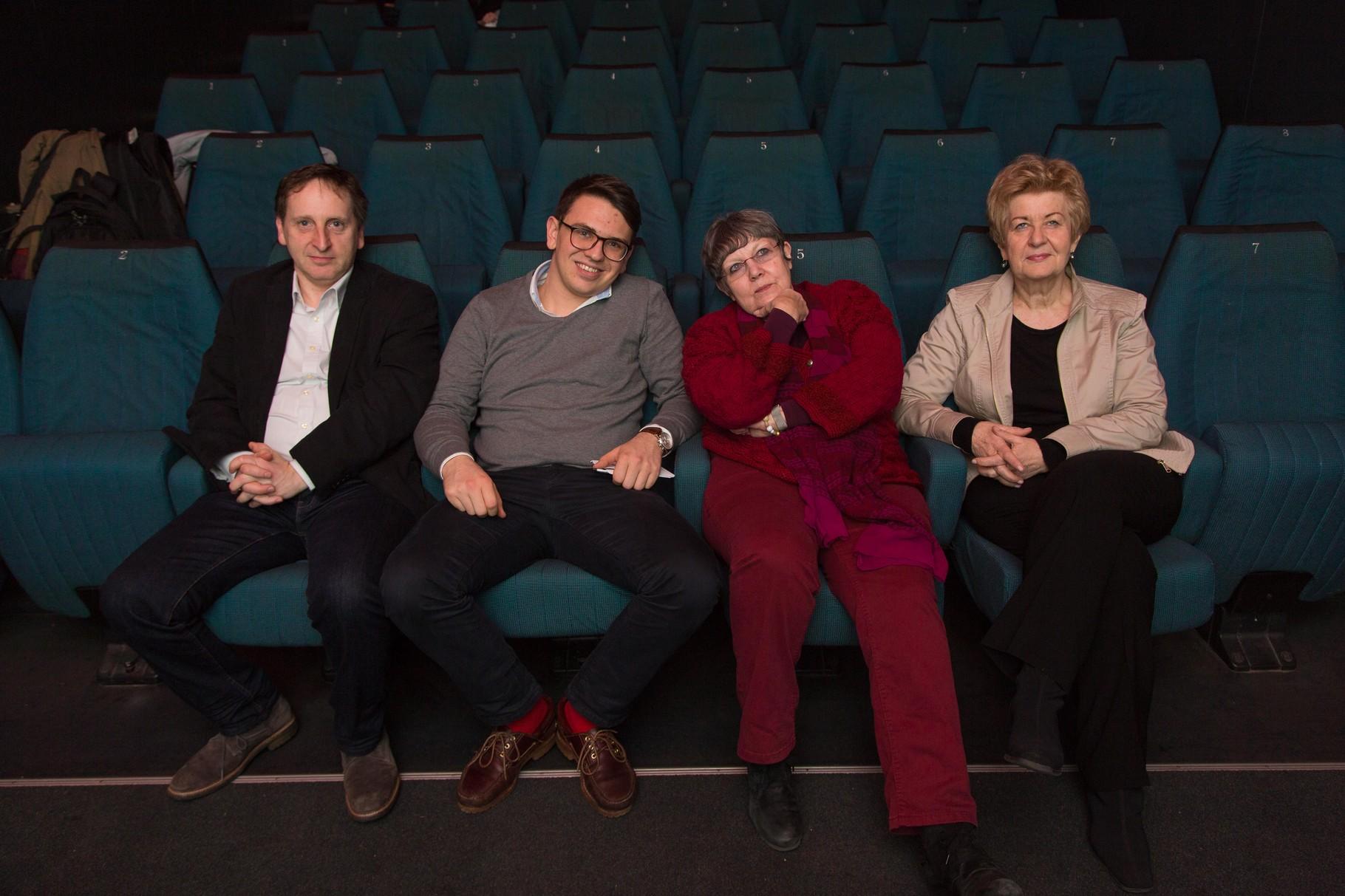 Foto: Lebensweise/Richard Tanzer; v.l.n.r.: Martin Schriebl-Rümmele (GF Lebensweise), Philip Kappler (Schülerunion), Stressforscherin Rotraud Perner, Astrid Zimmermann (Presseclub Concordia)