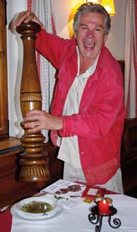 Suppe gehört zu Staudingers Lieblingsspeisen. Beim Lebensweise-Interview gibt's viel Pfeffer dazu. Foto: Martin Rümmele