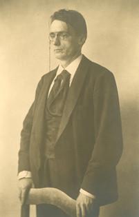 Rudolf Steiner um das Jahr 1900: Zu dieser Zeit lebte er als Schriftsteller und Vortragender in Berlin. Foto: Rudolf Steiner Archiv Dornbach