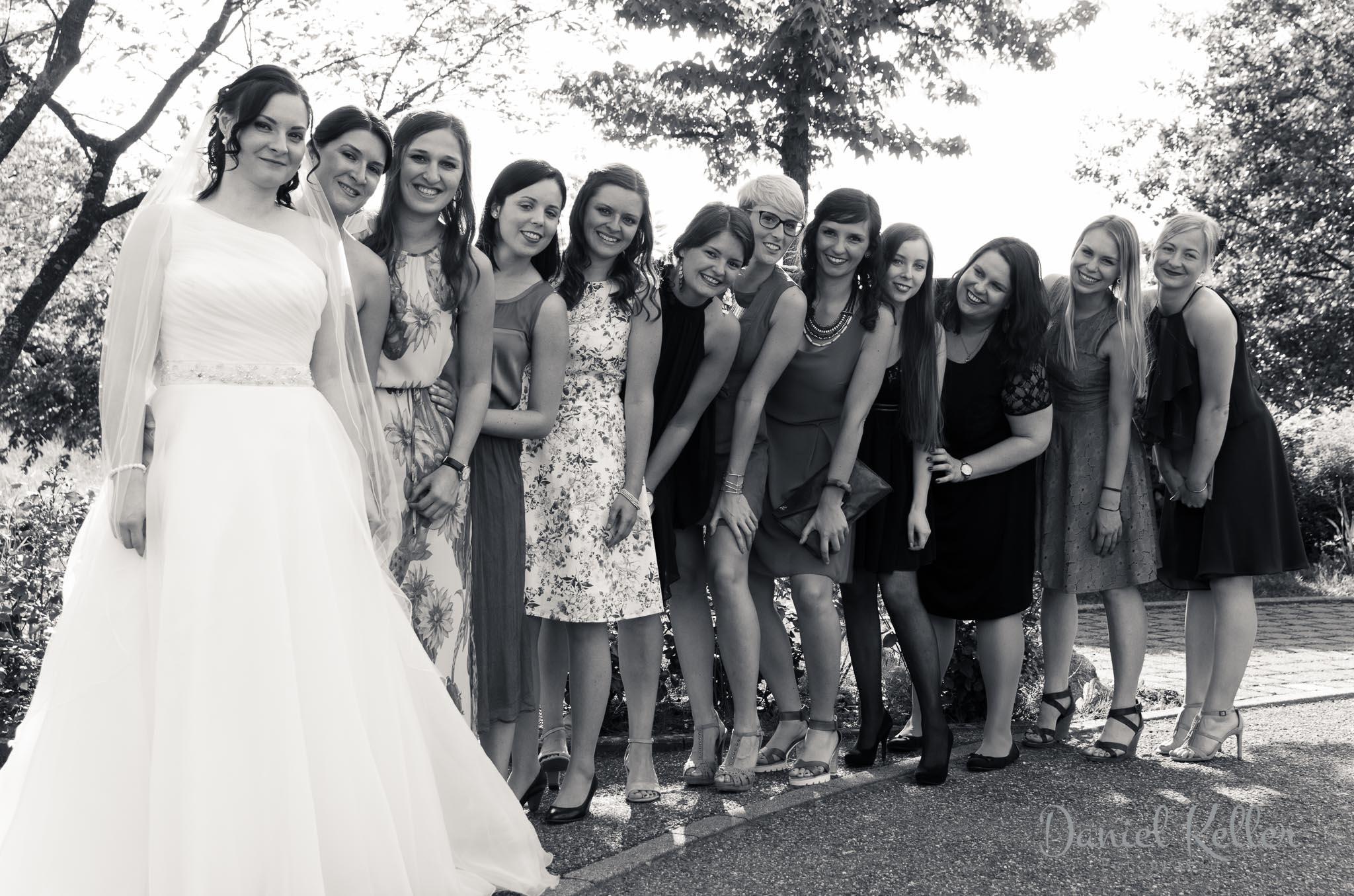 Braut mit Freundinnen / Daniel Keller Fotografie