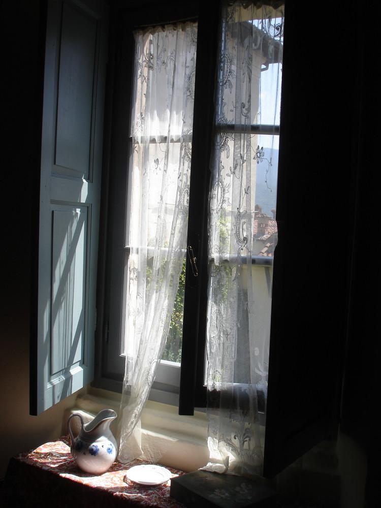 Fenêtre - 3e prix couleur au concours Photofolies du CNRS 2011