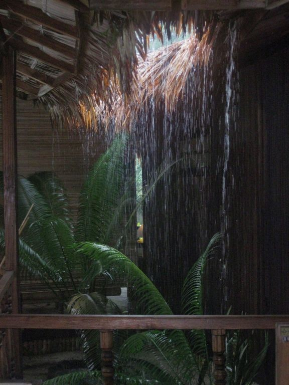 Indoor-Wasserfall