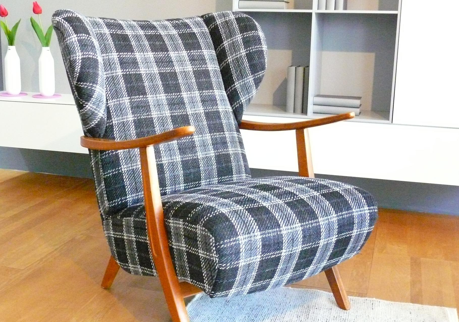 Oma´s Sessel mit neuem Pepp