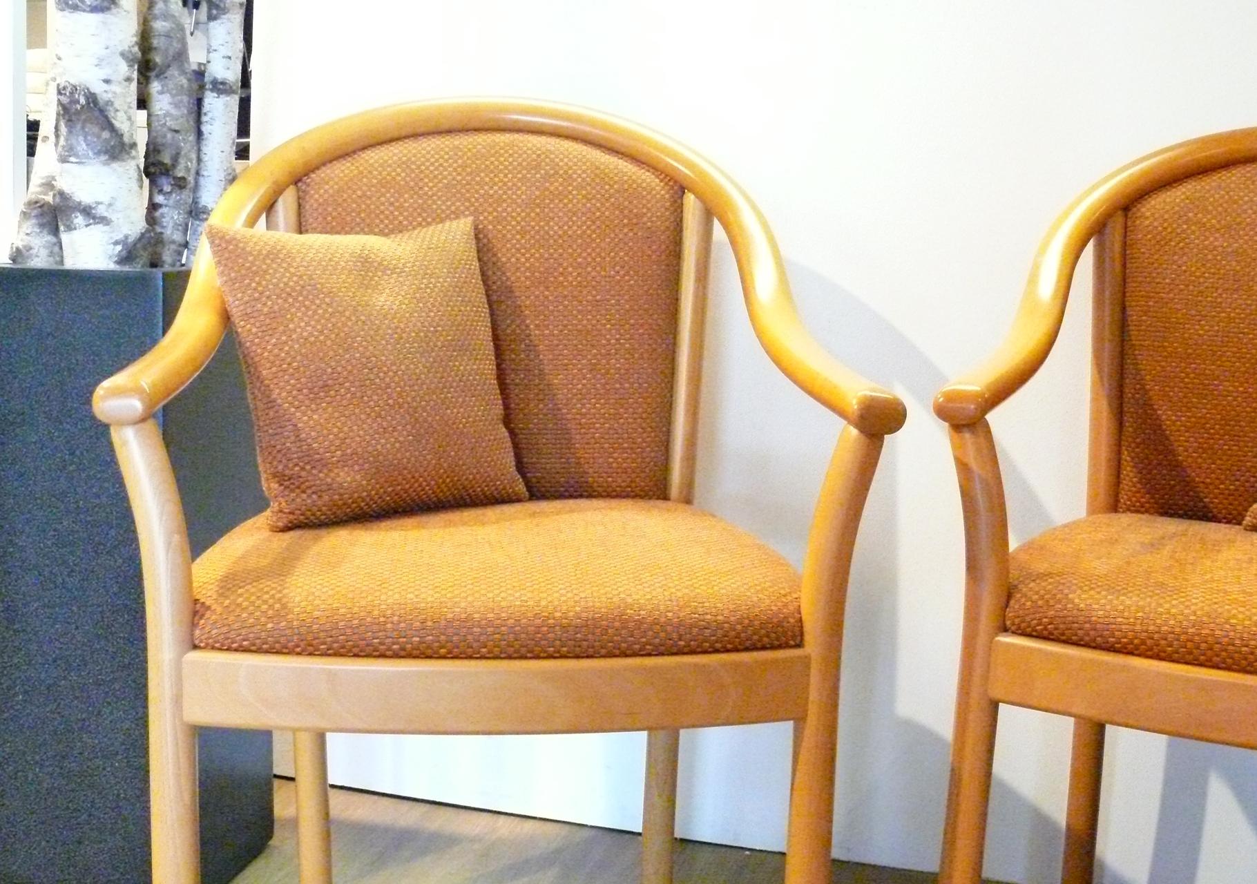 Stühle mit Rückenpolster