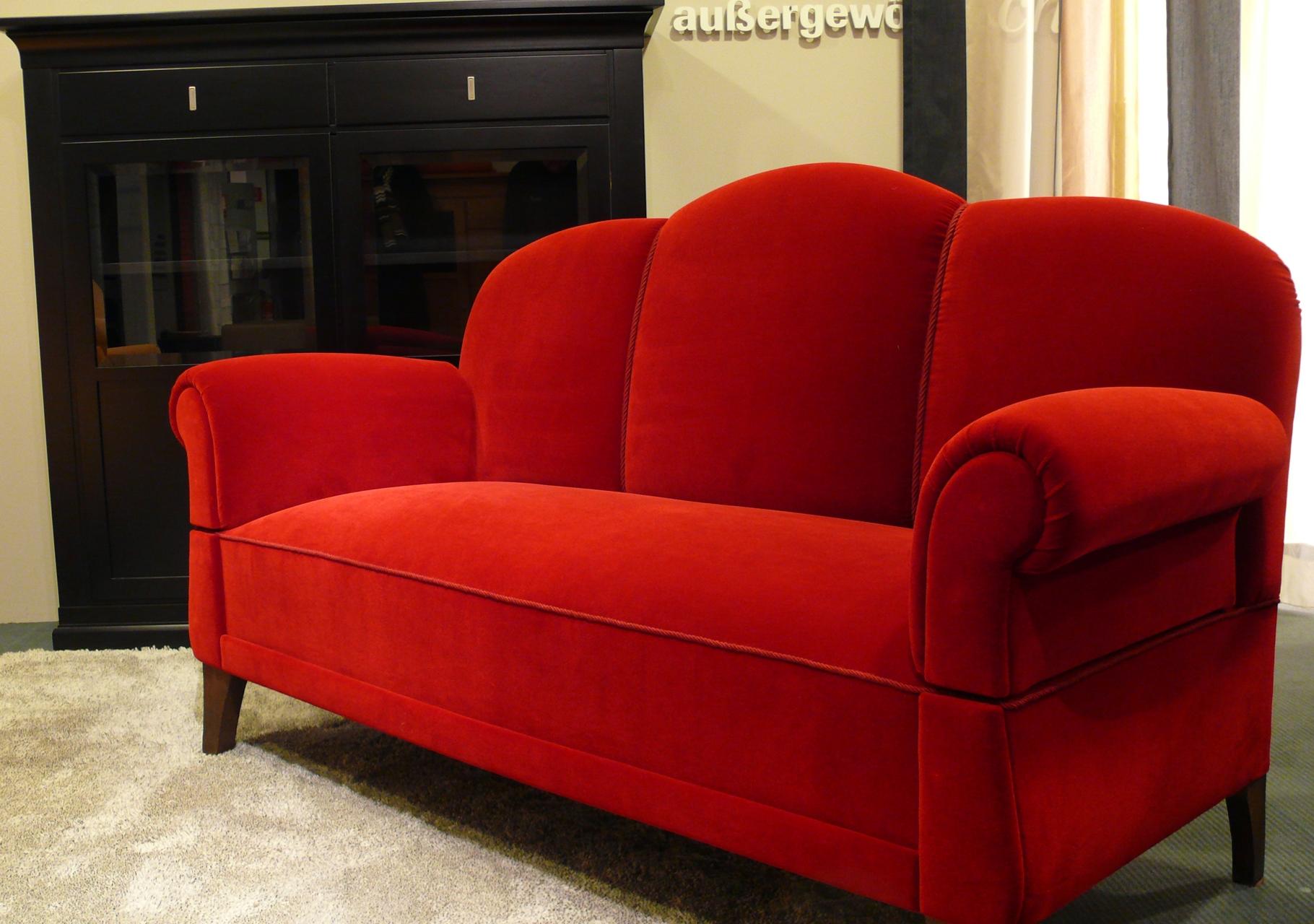. . ein Sofa in neuem Glanz.