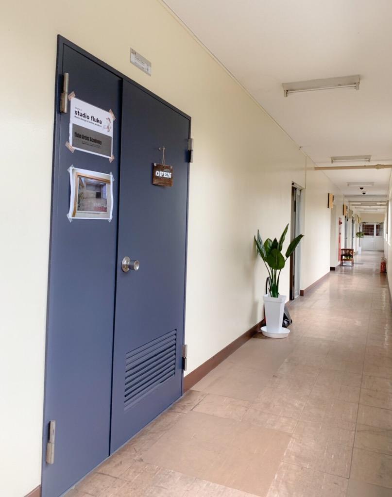 2F廊下の1番奥の部屋になります。