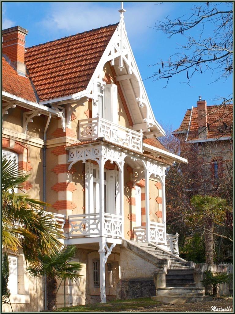 """La villa """"Germaine-Angèle"""" en """"Ville d'Hiver"""" à Arcachon"""