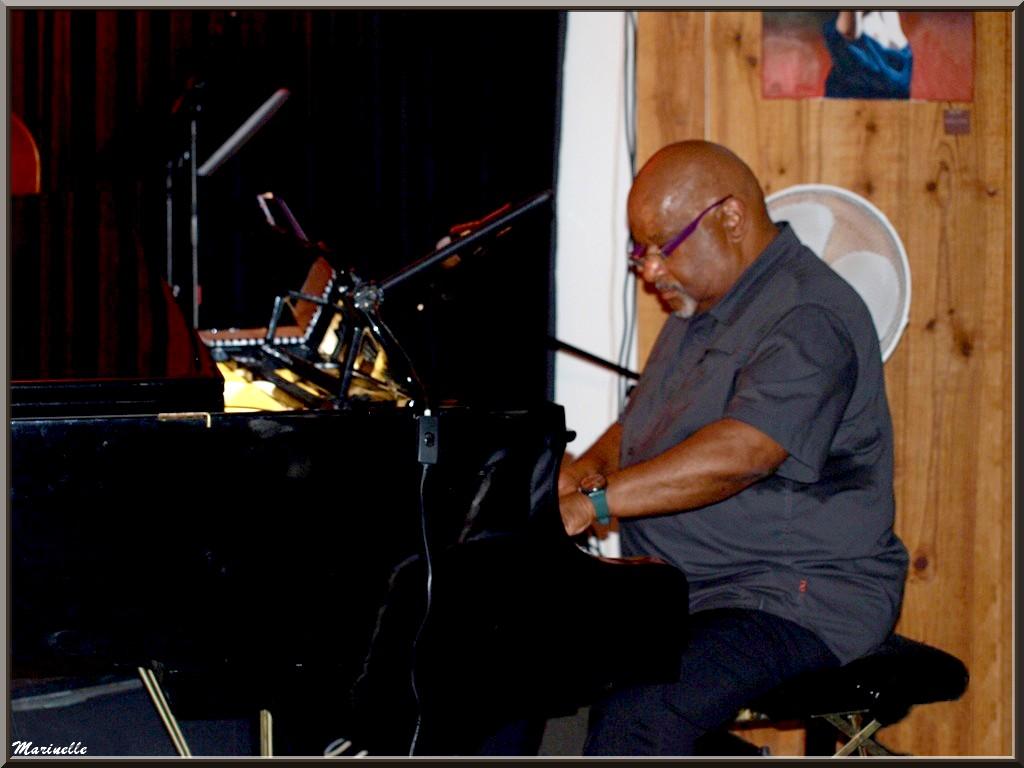 Joseph Ganter au piano, concert Caroline Grossot au Baryton à Lanton le 7 juin 2014