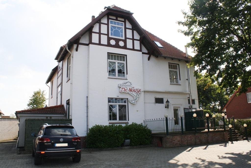 Wohn- und Geschäftshaus in Uetze