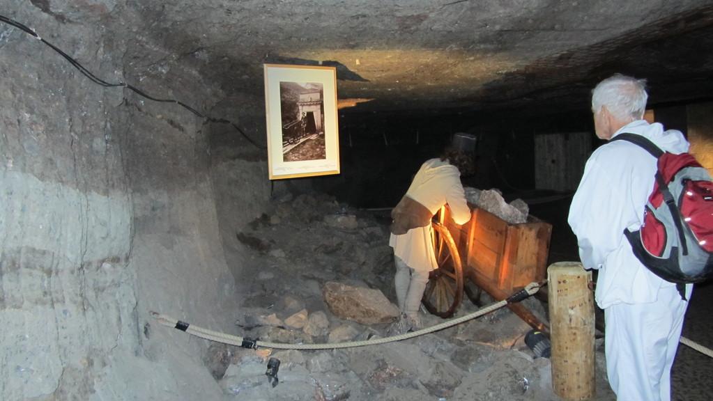 ab ins Bergwerk