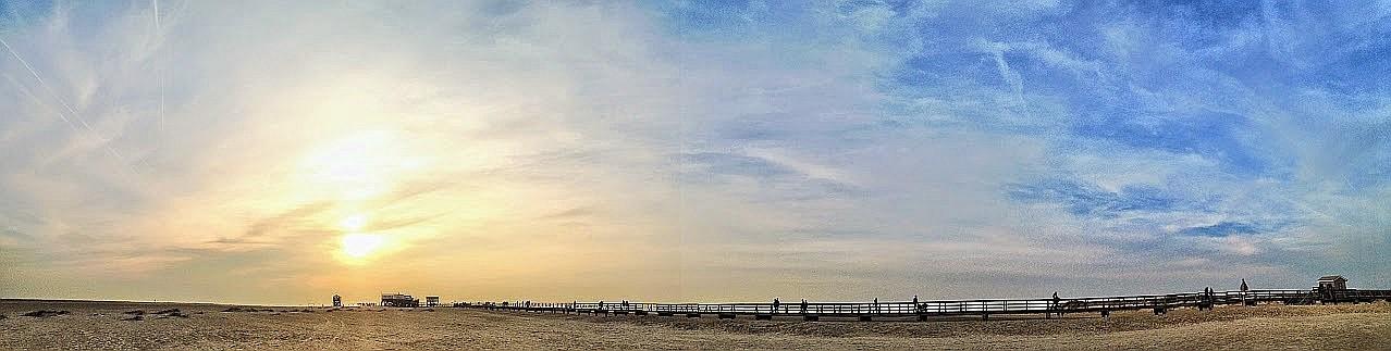 ~ Bild: Pano(d)rama Sonnenuntergang am Strand von Sankt Peter Ording ~
