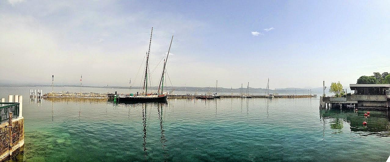 ~ Bild: Pano(d)rama Evian am Genfersee, Schweiz ~