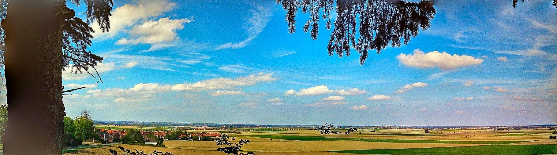~ Bild: Pano(d)rama Ottbergen, Aussicht Schutzhütte (Wischpanorama) ~