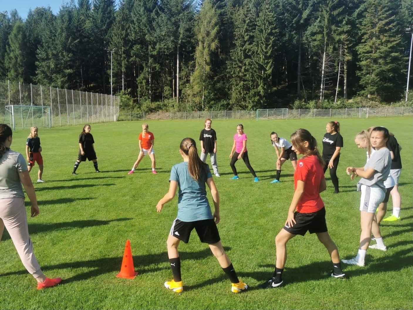 B- Juniorinnen veranstalten Trainingstag