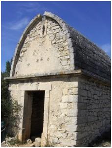 capelette capitelle castries chapelle
