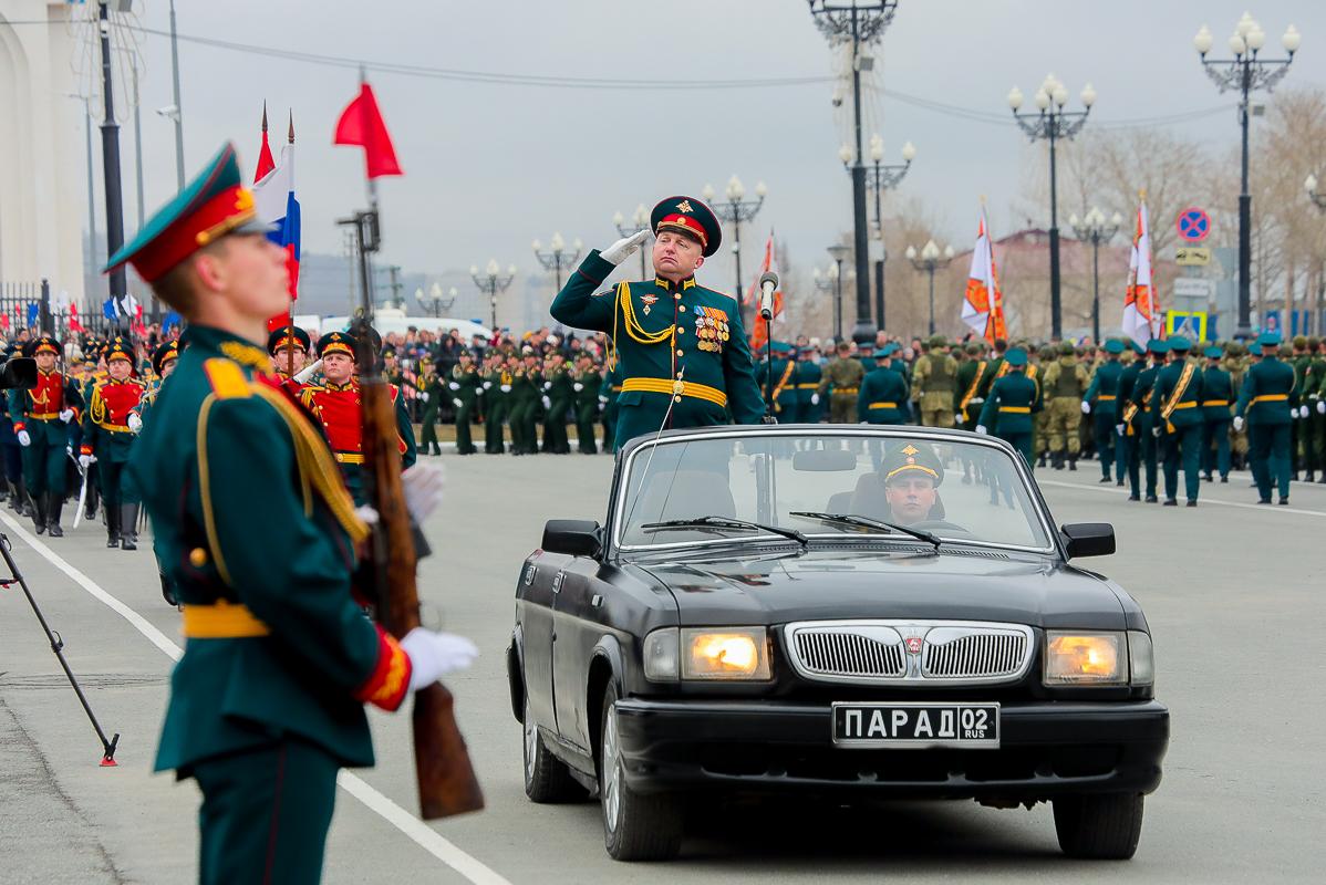 В Южно-Сахалинске состоялся военный парад в честь 76-летия Великой Победы