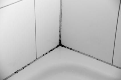Silikonfugen entfernen in Erfurt? Diese Aufgabe sowie z.B. die gesamte Badsanierung übernimmt gerne das Team der Kultbau GmbH