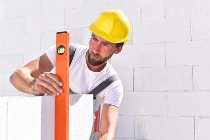 Sie suchen kompetente und zuverlässige Mauerer für Ihr Bauprojekt? Dann sind Sie bei unserem Maurer Unternehmen in Erfurt genau richtig!