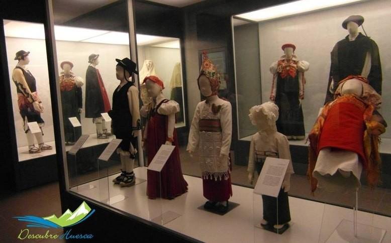 Museo traje ansotano, en Ansó, Huesca.