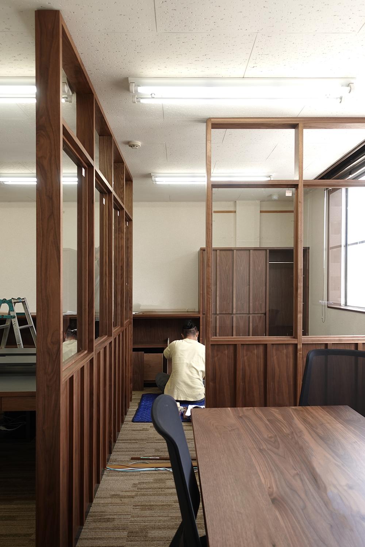 納品事例 ウォールナットのオフィス家具