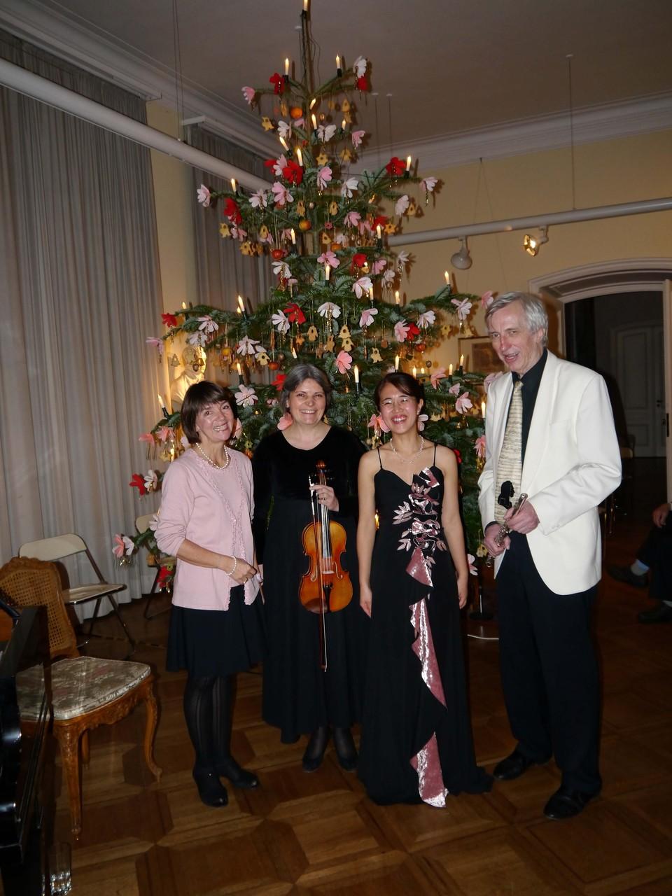 Weihnachtslesung im Goethe Museum 2015  クリスマスの朗読 ゲーテ美術館 2015