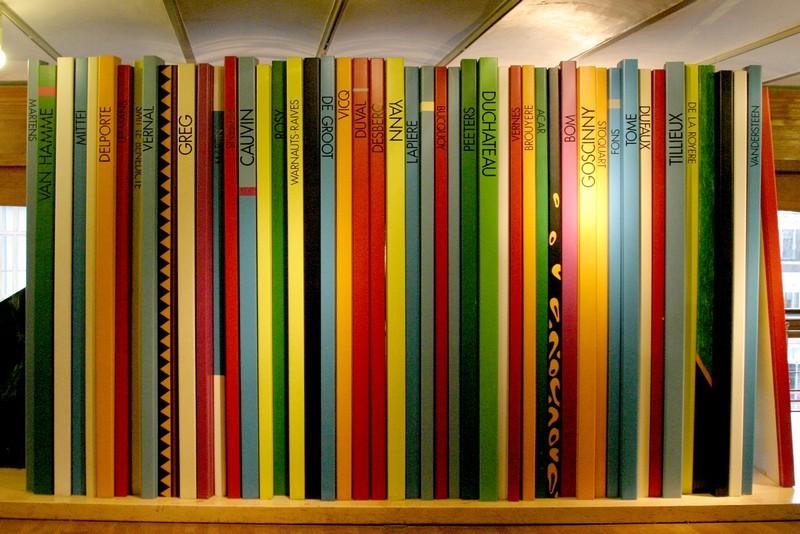 mur de BD dans le musée Hergé à Bruxelles