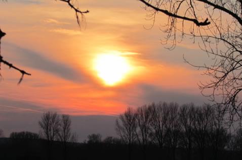 Sonnenuntergang an der Niers bei einem Spaziergang