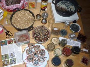 So sieht die NABU-Vogelfutter-Küche aus. Tipps zur richtigen Zubereitung von Futtermitteln gibt es beim NABU Leipzig. Foto: Karsten Peterlein